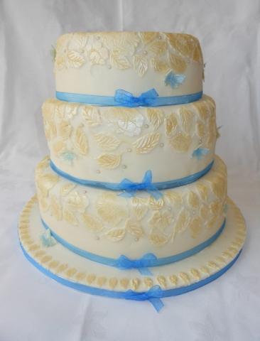 Wedding Cakes in Loughborough
